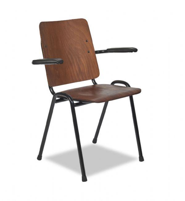 Goedkope vintage stoel 3111 zitting en rug gebeitst met armleggers (1)