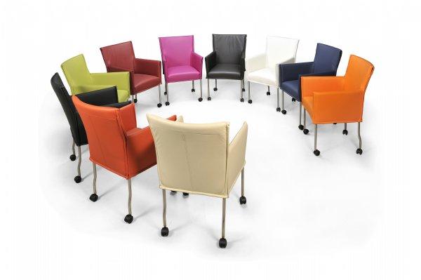 Vergaderstoel Milano in Hermes leder of break meubelstof voor vergaderruimten of wachtruimten (1)