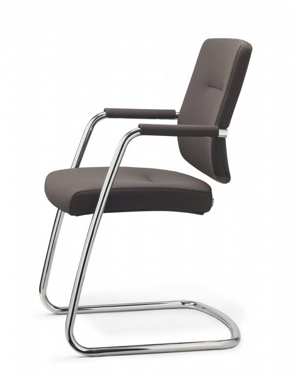 Comfortabele vergaderstoel Guest slede model met armleggers voor vergaderruimten of spreekkamer (1)